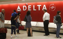 Delta Airlines sập mạng toàn cầu,khách xếp hàng dài ở sân bay