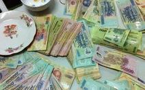 Tạm giữ hai chánh văn phòng huyện Xuân Trường đánh bạc