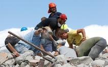 Động đất ở Ý: 250 người chết, dư chấn cản trở cứu hộ