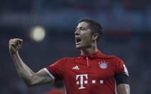 Lewandowski lập hat-trick, Bayern đè bẹp Bremen 6-0