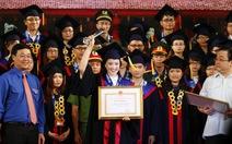 Tuyên dương 100 thủ khoa xuất sắc của Hà Nội