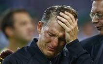 Schweinsteiger chia tay tuyển Đức trong nước mắt