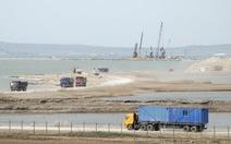 Mỹ trừng phạt các công ty Nga xây cầu nối bán đảo Crimea