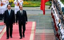 Tổng thống Pháp FrançoisHollande bắt đầu thăm Việt Nam