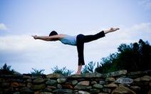 Yoga, dưỡng sinh có thể giúp giảm đau