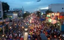 """Kẹt xe Sài Gòn: 6 """"dễ dãi"""" và 10 cách gỡ táo bạo"""