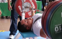 Người bán vé số và ước mơ huy chương Paralympic