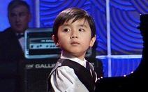 Nghe thần đồng Evan Le chơi piano Mẹ hiền yêu dấu
