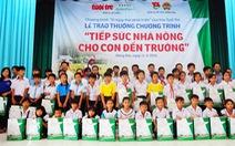 Trao thưởng cho 60 con em nông dân Đồng Nai học giỏi