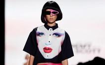 Chiêm ngưỡng thời trang mang tinh thần punk, disco những năm 80
