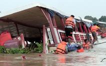 Chìm tàu du lịch ở Thái Lan, ít nhất 13 người chết