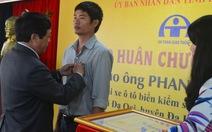 Chủ tịch nước tặng Huân chương Dũng cảm cho tài xế Phan Văn Bắc