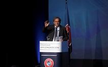Platini nhận tiền bồi thường từ UEFA