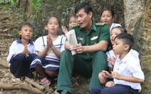 Những đứa trẻ trên đảo Hòn Chuối