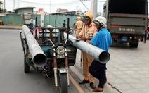 TP.HCM tập trung xử phạt xe thô sơ chở hàng cồng kềnh