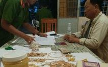 Bắt giữ hơn 31 lượng vàng chuẩn bị mang qua Campuchia