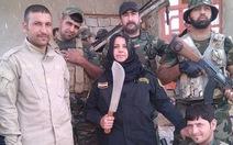 """Chân dung người phụ nữ """"chặt và nấu đầu"""" quân IS"""