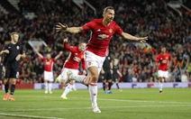Ibrahimovic ghi bàn, M.U thắng trận đầu tại Europa League