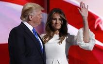 Tỉ phú Trump lại dính chuyện tiền bạc mờ ám
