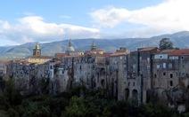 Khám phá thị trấn thời Trung cổ Sant'Agata de' Goti