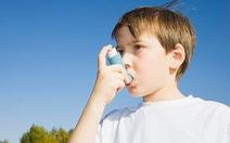 Bố hút thuốc, con cái có nguy cơ mắc hen suyễn cao gấp 3 lần