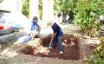 Hố khảo cổ tìm lăng mộ vua Quang Trung đã mở