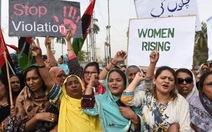 """Pakistan thông qua luật chống """"giết người vì danh dự"""""""