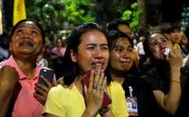 Nước mắt tiếc thương tràn ngập Thái Lan