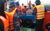 Cứu được 20 thuyền viên trên 5 tàu bị trôi ở Quảng Bình
