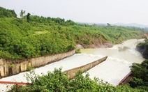Hồ Kẻ Gỗ bắt đầu xả tràn ở mức 45m³/s