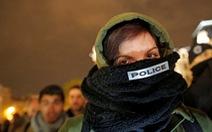 Cảnh sát Pháp biểu tình đêm thứ năm liên tiếp