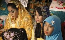 Xem ảnh sắc màu đám cưới Chăm