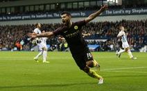 Aguero tỏa sáng, M.C trở lại mạch chiến thắng