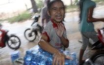 Tuổi Trẻ cứu trợ khẩn cấp bà con vùng lũ Quảng Trị