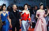 Các sao 'trẩy hội' thảm đỏ LHP Hà Nội 2016