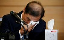 Thủ tướng Hàn Quốc khóc tại họp báo