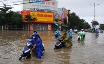 Phú Yên 3 người chết vì mưa lũ, TP Tuy Hòa ngập sâu
