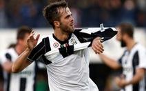 Juventus và Milan chật vật giành 3 điểm