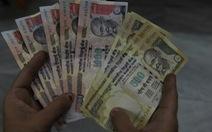 Ấn Độ thu hồi tờ bạc 500, 1000 rupee chống tham nhũng