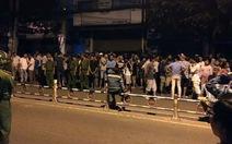 Dân chặn xe trên Quốc lộ sau vụ tai nạn giao thông
