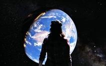 Clip: đi Paris, bay đến Sahara bằng Google Earth VR