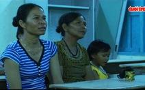 Lớp học xóa mù chữ cho phụ nữ dân tộc Raglai