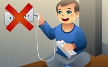 Làm sao dạy bé sự nguy hiểm của điện?