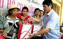 300 suất quà đến với dân vùng lũ Phú Yên