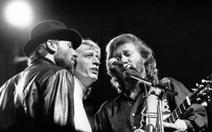 Bee Gees: huyền thoại 'giọng gió' của làng nhạc thế giới