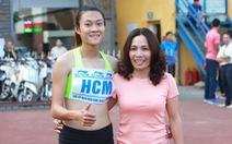 """Tình """"mẹ con"""" Thanh Hương - Tú Chinh"""