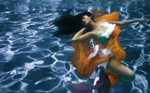 Ngắm bộ ảnh đẹp lung linh dưới nước của người mẫu
