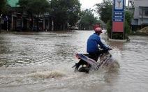 Bình Định: Lũ đổ về nhanh, nhiều khu dân cư bị cô lập