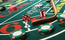 Xem xét việc cho hay không cho người Việt vào casino