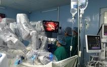 Phẫu thuật bằng robot